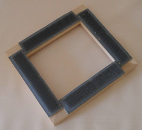 "9"" X 9"" Punch Needle Gripper Frame"